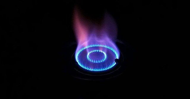 fire 1959842 640 Reactions of alkanes