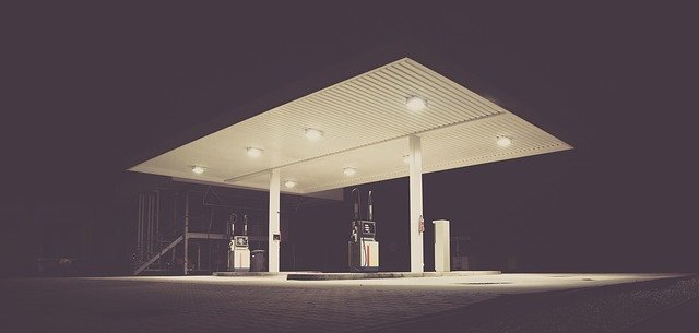 filling station 1839760 640 End Of The Road For Leaded Petrol